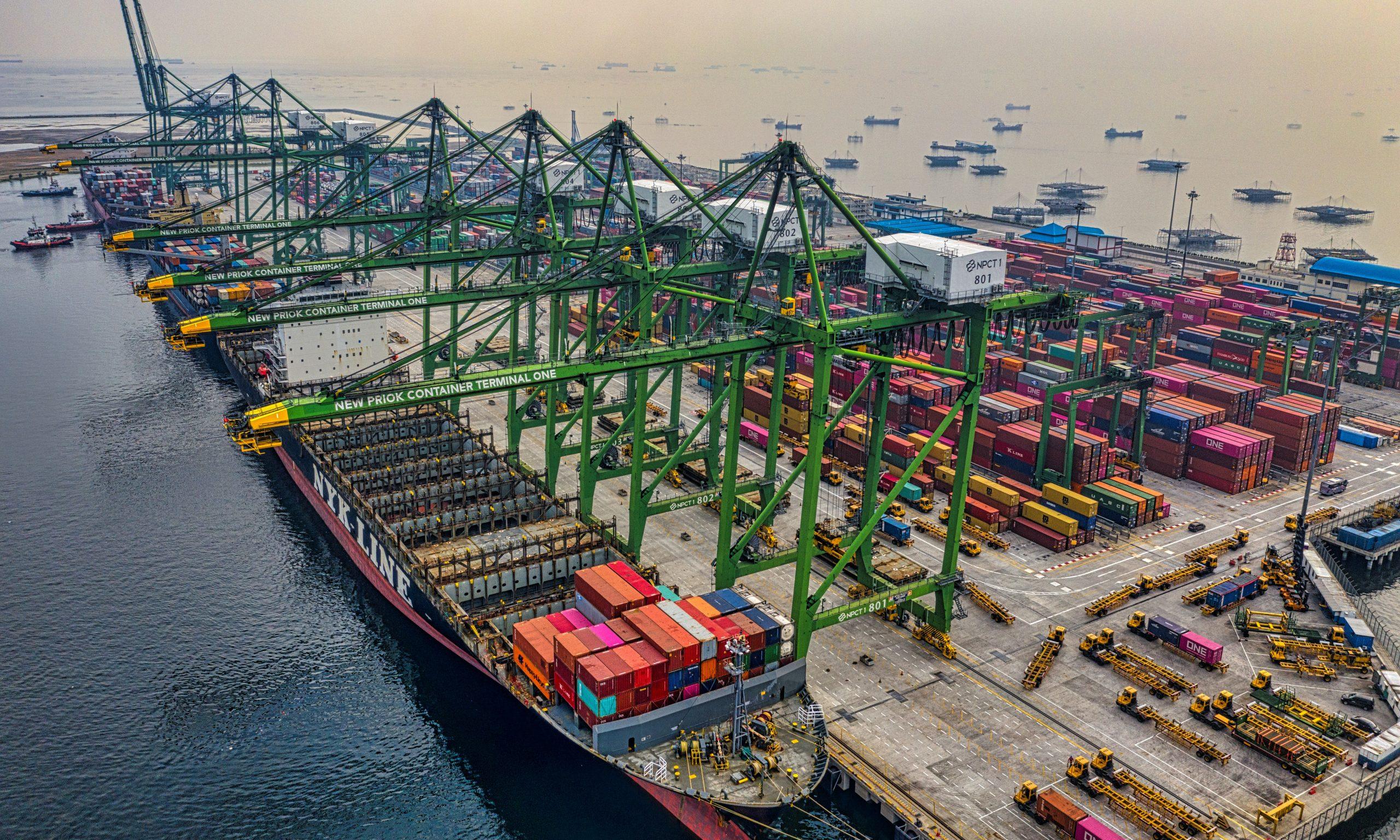 Bild als Link zum Geschäftsbereich Import